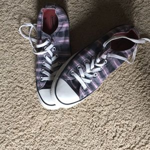Black and pink striped converse. Women's size 7.5